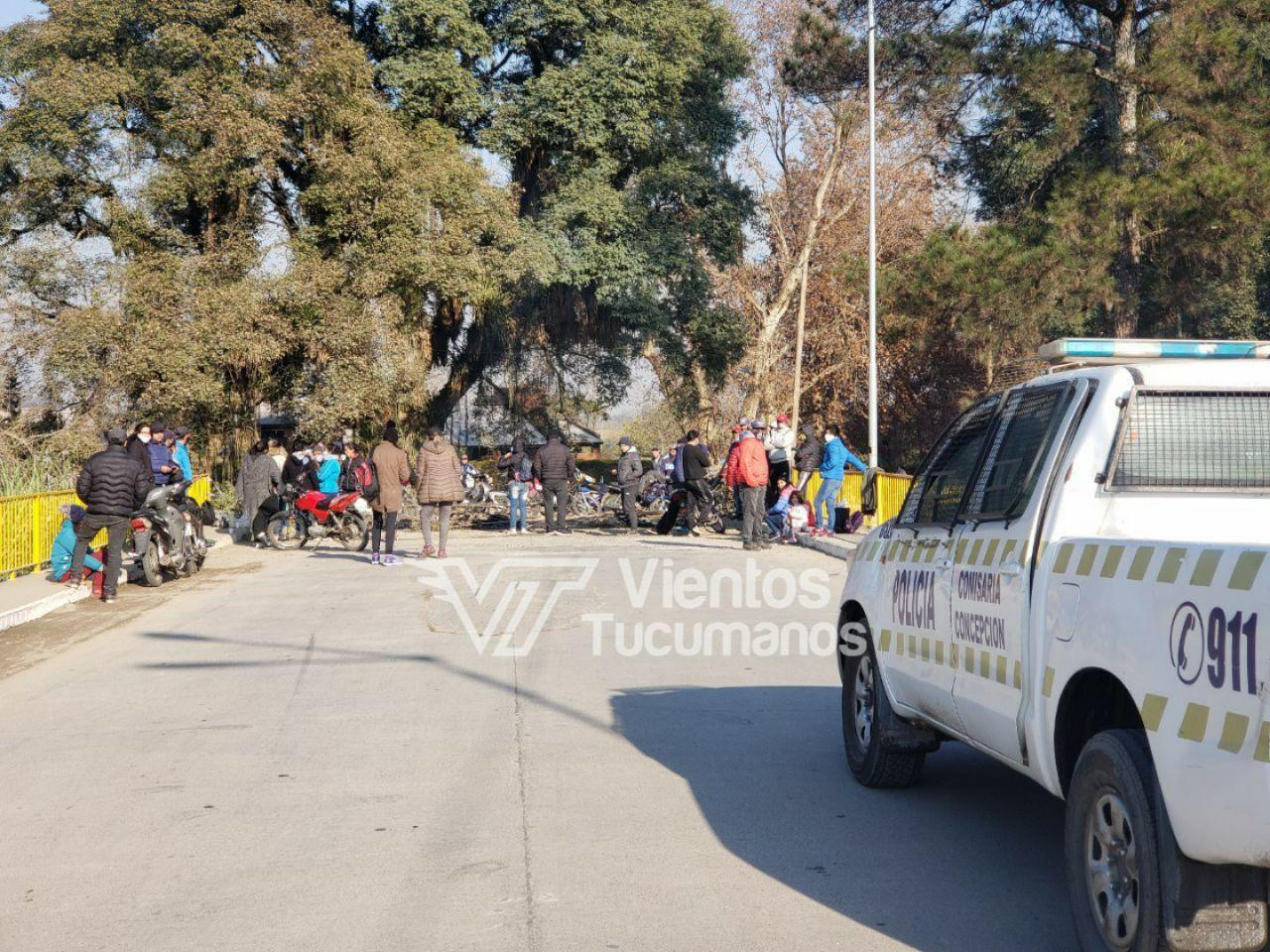 marcha manifestacion rio chirimayo policia corte ruta 65